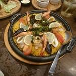 旨唐揚げと居酒メシ ミライザカ - 山海のパエリア風土鍋飯