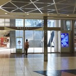 バリラックス ザ ガーデン - 地下からの行き方⑥梅田DTタワーを正面に見て右側通路へ