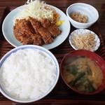味処いちむら - 牛カツ定食(1200円)