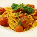 トラットリア ソメヤ - ナポリ風 プチトマト 生スパゲティー