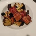 ちらい - 「椎茸とベーコンのオリーブ焼き」
