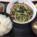 食事処しまむら - 料理写真:レバニラ炒め定食730