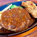 肉の万世 - 料理写真:平日ランチ ハンバーグ180g&唐揚げ¥1390
