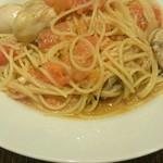 59595409 - 広島産牡蠣とフレッシュトマト