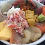59598375 - びっくり海鮮丼‼️