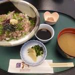 御食事処 弓ヶ浜 - あじのたたき丼 850円