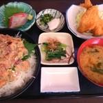 女良食堂 - 波の伊八めし(ご飯大盛) / 1050円+100円