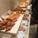 満寿屋商店 - 菓子パンもオール十勝産小麦使用