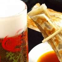 紅虎軒 - 仕事帰りなど…ビールが飲みたくなる【紅虎軒】で美味しい餃子と乾杯♪