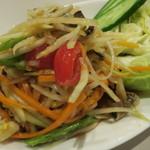 59610875 - ソムタムプーパラー(発酵魚と沢蟹の塩漬け入り 青パパイヤのサラダ)