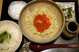 つきじ 文化人 - いくらそば+ご飯=1,330円