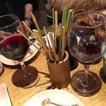 人形町 鳥波多゛ - 美味しい串に、ワインも進みます