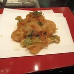 天ぷら ひさご - 小海老ときのこのかき揚げ