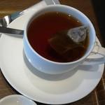 上島珈琲店 - 紅茶M390円
