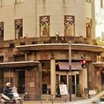 カフェドゥラプレス - レトロな建築物
