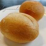 RYU - セットのパン