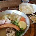 Murata pot-au-feu - 3種のシャルキュトリーと野菜の特製ポトフー 1280円