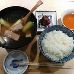 59638523 - ランチの「ねぎま汁」定食税別1,000円。ねぎま=葱と鮪。                       東京下町のローカルフードです‼