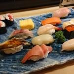 こがね鮨 - 料理写真:特選にぎりランチ