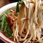 いっぽん - 麺はこんな感じ 尾道麺が麺カタでうれしい