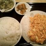 中国料理 鴻運楼 - 海老と玉子のチリソース定食