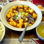 金燕閣 - ランチの麻婆豆腐定食です