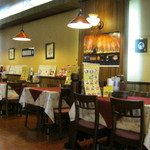 レストラン ナカタ - 店内です。