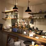 カフェ ラ パーチェ - 厨房部分