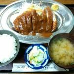 大富士 - とんかつ(A)定食 1,600円(税込)