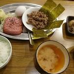 定食酒場食堂 - まかない定食380円+日替り煮物50円