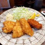 毘央志 - 〔週替〕大山鶏チキンカツ(定食¥850)。ソース・味噌・塩の三味で楽しめる、クリスピーでかなり美味!