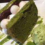 カフェ スクラップ - シフォンサンド(西尾抹茶)