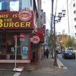 59667899 - JR国分寺駅南口「This is the BURGER」。自信たっぷりの店名もまた、アメリカらしい