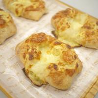 満寿屋商店 - とろ~りチーズパン