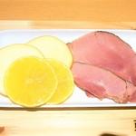 カフェ ボナペティ - モモハムと旬のフルーツ ¥780