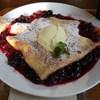 カフェ lx - 料理写真:クリームチーズ・ベリーソースクレープ@780