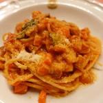 ピッツェリア・サバティーニ - 季節野菜とパンチェッタトマトソースの菜園風スパゲッティ