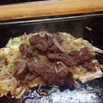 石亭 - 石亭焼きに肉追加〜〜