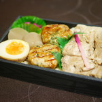 小塙 - 豚とりミックス弁当¥864(サービス価格・通常¥1080)