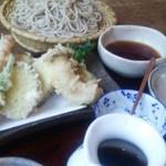 蕎麦と雑穀料理 杜々 - 天ぷらそば