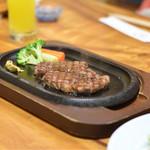 和処 志ほ - ◆宮崎牛のステーキ 行っちゃいますか?行っちゃいましょう‼︎ ステーキ‼︎ 流石の脂の旨味。