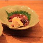 まんまるや - ホタルイカの沖漬けは,日本酒にあう一品。