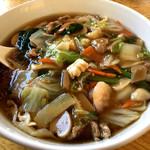 西安刀削麺 - 五目刀削麺。辛い系が苦手なら、これで決まり! 安定の美味しさですね。