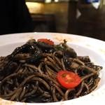 ビストロ オリーブ - イカスミのスパゲティ