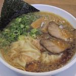背脂醤油ラーメン まる星 - 「ワンタンメン」780円(2016年11月)