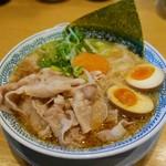 丸源ラーメン - 料理写真:肉そば(肉多め、玉子)972円