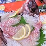 和の屋 - 料理写真:鯛姿造り