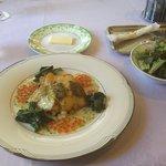 ベル・ブランシュ - 白身魚の盛合せとサラダ