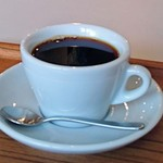 テ ト テ - 2種類あるコーヒーはどちらのブレンドも美味です。