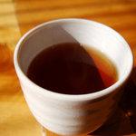 5973569 - 蕎麦茶かな。